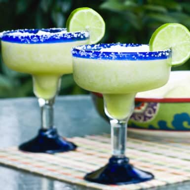 Ditch those pre-made mixes and try this simple healthy margarita recipe that's low calorie and delicious!
